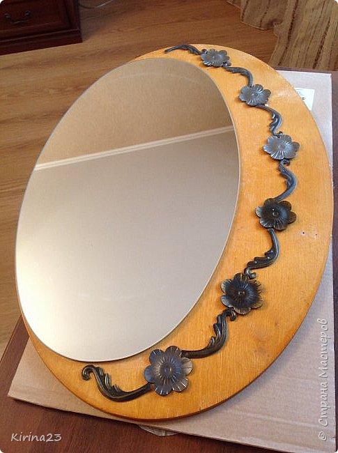 Старинное зеркало из потолочной розетки http://stranamasterov.ru/node/792929 переехало жить в спальню.  Надо было его чем-то заменить . Вот что сотворилось... фото 16