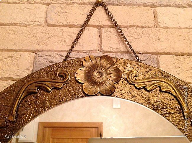 Старинное зеркало из потолочной розетки http://stranamasterov.ru/node/792929 переехало жить в спальню.  Надо было его чем-то заменить . Вот что сотворилось... фото 4