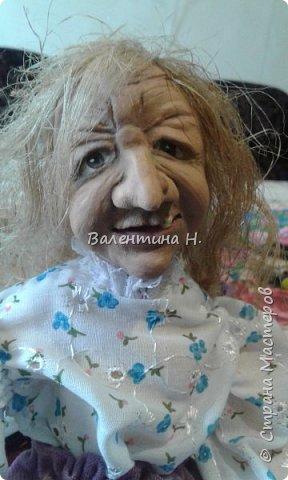 Вот такая бабулечка- Ягулечка появилась у меня пару дней назад из керапласта))) Лицо лепила в один день с этой куклехой https://stranamasterov.ru/node/1090520   фото 3
