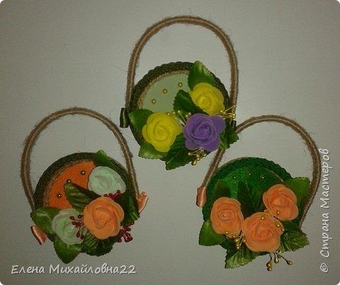 """Вот такие магнитики -сувенирчики """"Дамская сумочка """" в разрезе  получились... почти из ничего... на самом деле смотрятся очень эффектно за счет углубления крышечки и объемности цветов.... фото 2"""