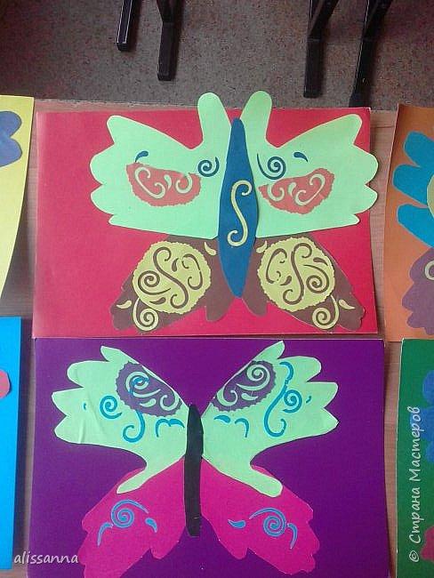 Доброе время суток...жители Страны...)))))))) вот такие бабочки у нас  получились...)))))))) верхняя часть-это ладошка в растопырку....а нижняя часть- ладошка...в которой пальчики сжаты...))) фото 7