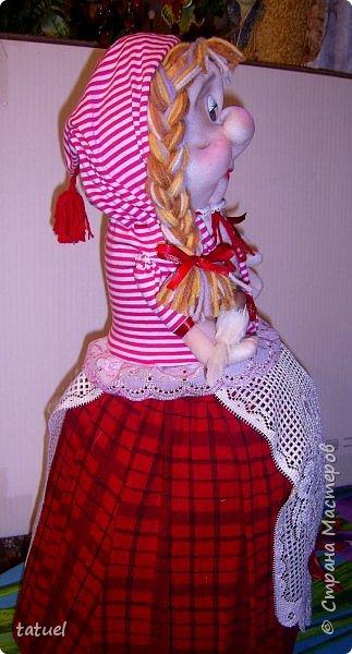 Всем привет и с наступающим Днем Великой Пасхи!  Сегодня подборка крупных кукл, которые  в себе должны что-то прятать или накрывать. А если попроще- то кукла на чайник и кукла-бар. И вот собралась потихоньку такая группа молодежи. фото 3