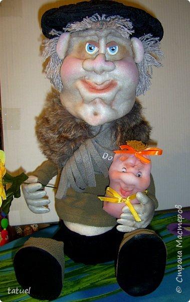 Всем привет и с наступающим Днем Великой Пасхи!  Сегодня подборка крупных кукл, которые  в себе должны что-то прятать или накрывать. А если попроще- то кукла на чайник и кукла-бар. И вот собралась потихоньку такая группа молодежи. фото 6