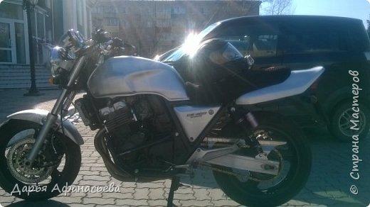 Это и есть его замечательный мотоцикл Honda CB 400 version S  фото 1