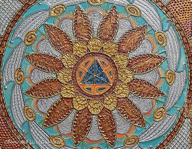 Техника 3D, использовалась текстурная акриловая паста, краски акрил, металлик акрил, краски Pebeo, ювелирная эпоксидная смола. Размер 60 х 70 см фото 3