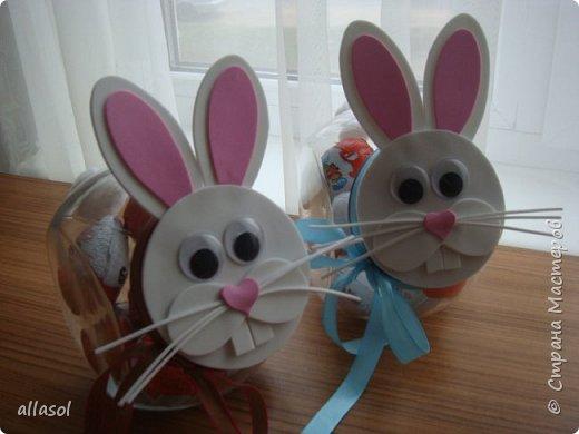 Коробочки-зайчики для шоколадных яиц. Идея  http://creativeleeyours.com/cute-curvy-keepsake-easter-bunny  фото 3