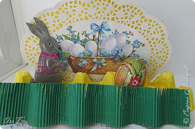 С Праздником Светлой Пасхи всех жителей Страны Мастеров! Вот такие композиции из лотков для яиц мы смастерили с учениками в классе:) фото 6