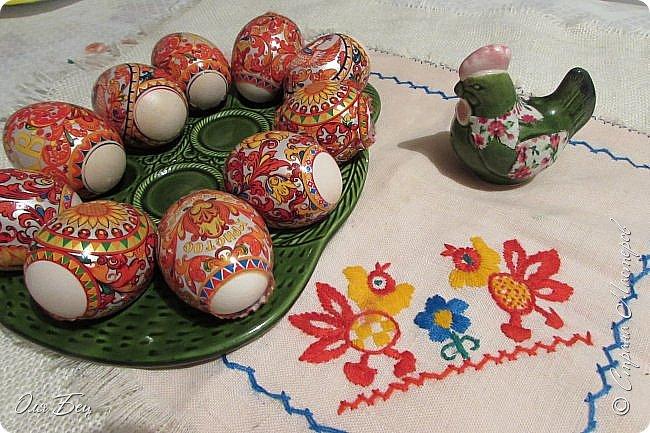 С Праздником Светлой Пасхи всех жителей Страны Мастеров! Вот такие композиции из лотков для яиц мы смастерили с учениками в классе:) фото 10