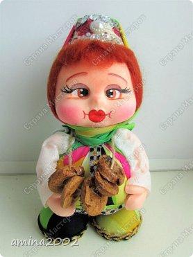 Добрый день! Матрёшки по МК Е.Лаврентьевой, только лицо и руки из фоамирана. Высота 16-19 см. фото 4