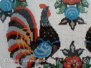 Праздники прошли, сувениры радуют своих хозяев.  Яйцо с изображенным на нем дубовым листочком было подарено хозяину дома, поскольку дубовые листья и желуди являются символом мужского начала. фото 16