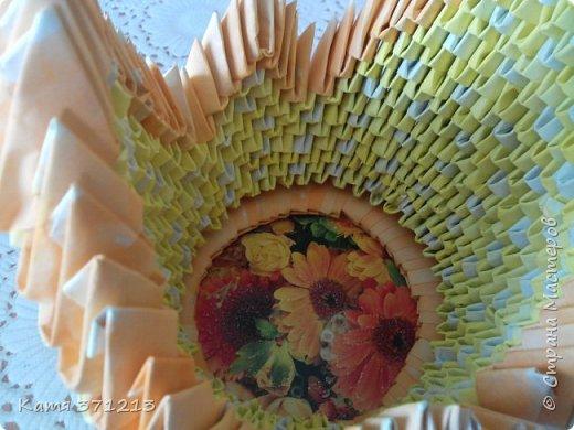 Доброго дня! Поздравляю всех с прошедшей Пасхой.Из модульного оригами я сделала курочку для моей бабушки. Делала долго,но результатом довольна. МКhttp://stranamasterov.ru/node/176705 фото 5