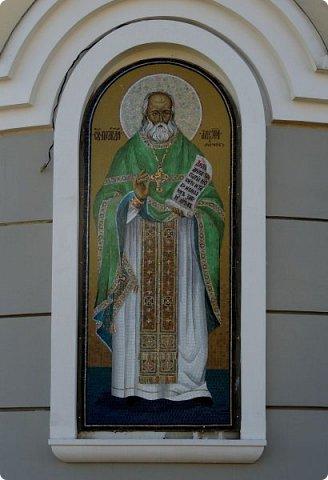 Москва. Церковь Алексия старца Московского. фото 3
