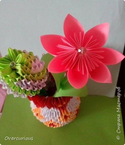 Тюльпан и ромашка в вазе. фото 2