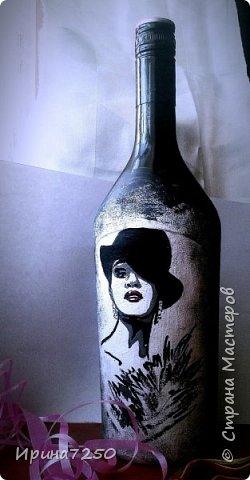 дама в шляпе. Роспись  на бутылке