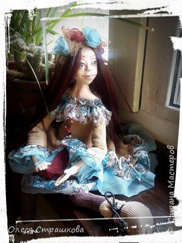 Добрый день! Знакомьтесь- Диана. Кукла болтушка. Не стоит самостоятельно, только сидит. Очень подвижна, принимает  любые позы. фото 3