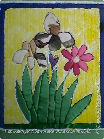 """""""Весенние цветы""""- работа  Будько Яны -4 класс в технике пэчворк   без иголки на пенопласте .Яночка  - Очень шикарная работа!!!БРАВО!!! фото 2"""