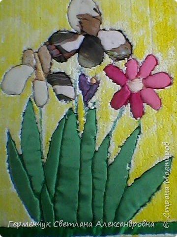"""""""Весенние цветы""""- работа  Будько Яны -4 класс в технике пэчворк   без иголки на пенопласте .Яночка  - Очень шикарная работа!!!БРАВО!!! фото 1"""