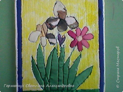 """""""Весенние цветы""""- работа  Будько Яны -4 класс в технике пэчворк   без иголки на пенопласте .Яночка  - Очень шикарная работа!!!БРАВО!!! фото 4"""