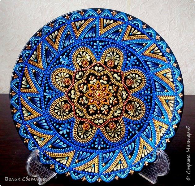 Здравствуйте, дорогие мастера! А вот вашему вниманию тарелки с орнаментом. Диаметр тарелки 21см. Керамика. фото 1