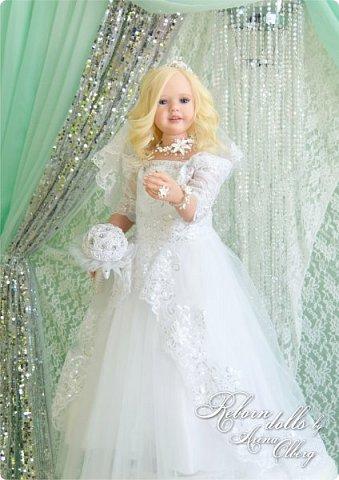 Здравствуйте, дорогие девочки-мастерицы, и просто гости сайта! Хочу показать вам мою самую долгую по времени из всех моих  работ над куколками. Это нарядная девочка-весна в образе невесты- ЛЮБАВА. Не только сама куколка, но и свадебное платье, аксессуары- всё ручная работа талантливых мастериц,по индивидуальным меркам. Рост 105см. Эта девочка украсит любую коллекцию. фото 3