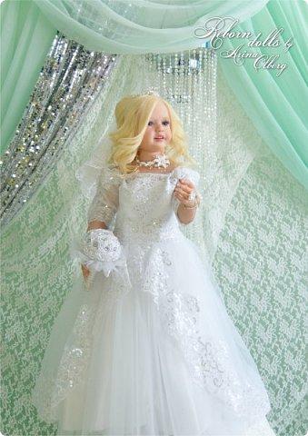 Здравствуйте, дорогие девочки-мастерицы, и просто гости сайта! Хочу показать вам мою самую долгую по времени из всех моих  работ над куколками. Это нарядная девочка-весна в образе невесты- ЛЮБАВА. Не только сама куколка, но и свадебное платье, аксессуары- всё ручная работа талантливых мастериц,по индивидуальным меркам. Рост 105см. Эта девочка украсит любую коллекцию. фото 13
