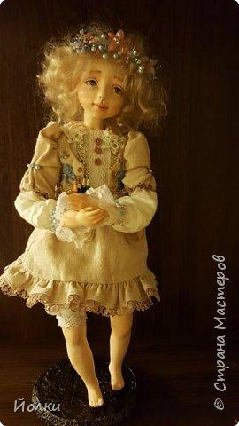 Куклы - моя работа. Мои труд и отдых. Моя любовь, моя радость, мои мечты, фантазии. Куклы - моя жизнь. Без них себя уже и не представляю... Для кого-то они - не более чем просто игрушка. Для кого-то становятся символическим воплощением Ангела-хранителя, домашнего оберега.... Здравствуйте, Жители Страны мастеров! Это Стеша, Стефания. Живет уже в городе на Неве. Ее там любят. И мне от этого ой как хорошо! фото 3