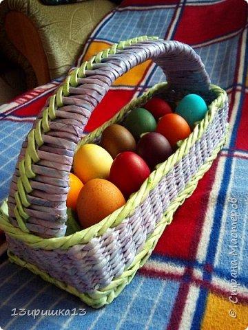Сплела себе плетеную корзинку для яиц. Вставила в саму корзинку вставила крашеный лоток фото 2
