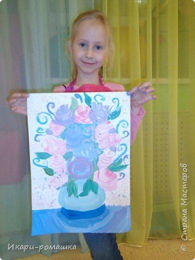 В подарок мамам рисовали весеннюю картину. Это моя работа. фото 14