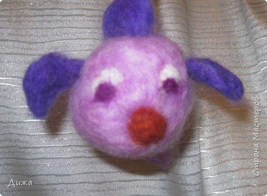 Всем большущий приветик!!! Показываю вам свою новую игрушку Рыбка-петушок. Вот он такой замечательный и яркий! Игрушку сделала на кружке валяния в школе. А цвет такой выбрала, потому что это мои любимые сочетания оттенков. По гороскопу я рыбка и люблю рыбок :-) фото 9