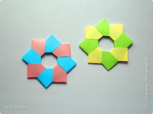 Украшение из бумаги. Модульное оригами