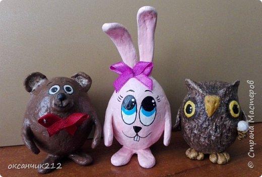 Здравствуйте дорогие мои жители любимой страны! У моего зайца печалька, наверное по поводу заканчивающихся праздников, снова на работу...Увидела уже давно картинку такого зайца, сохранила себе, теперь не могу найти автора, там написано просто Оксана, думала не сложно будет по имени найти, а оказалось почти две тысячи Оксан в стране. Если автор узнает, пусть отзовется. фото 8