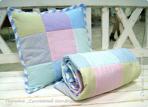 Детское лоскутное одеяло и подушечка фото 1