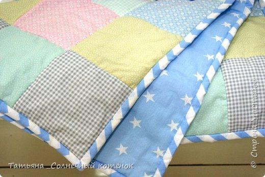 Детское лоскутное одеяло и подушечка фото 2