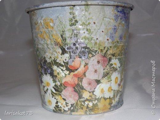 """Добрый вечер, дорогие мастерицы!!! Вот, наконец-то, наступила настоящая весна!!! По этому поводу были сделаны подарки дачным приятельницам. Сюрприз, так сказать... Вот первый подарок - лейка """"Ромашковая поляна"""". фото 14"""