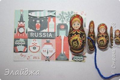 Тема:Россия, обязательное условие наличие Матрешки  Правила этапа совместника условия тут (http://stranamasterov.ru/node/1087039 ). Ещё 200 лет назад о Матрёшке никто ещё не знал , а   в  60-е годы прошлого века, когда в СССР стали приезжать иностранные гости для учёбы и участия во всевозможных фестивалях,каждый  хотел приобрести раскладную куклу на память. Собственно, и сегодня каждый иностранец тоже желает матрёшку купить в память о своём пребывании в России. Такие  объемные карточки с 3Д =эффектом получились  фото 19