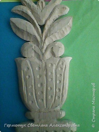 Эту изящную вазу с цветами  вырезал  Павлючук Андрей, 9  лет .Мальчик занимается в ДШИ  резьбой по дереву (преподаватель  Вячеслав Николаевич) фото 7