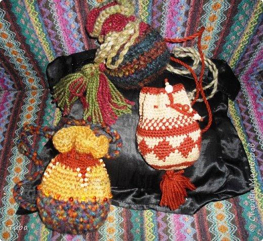 продолжаю снабжать всех своих друзей и родных сумочками на лето )) вот еще три сумочки, на этот раз вдохновлялась сумочками мочила, не знаю как насчет полного соответствия жанру (у меня соответствие канонам всегда хромает) - но старалась )  фото 1