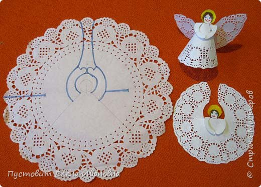 """Дорогие друзья, доброго вам всем вечера! Решила показать ангелочков из кружевных салфеток. Сама идея очень """"древняя"""", но вот из кружевных кондитерских бумажных салфеток таких ангелочков делаем впервые, решила поделиться. фото 11"""