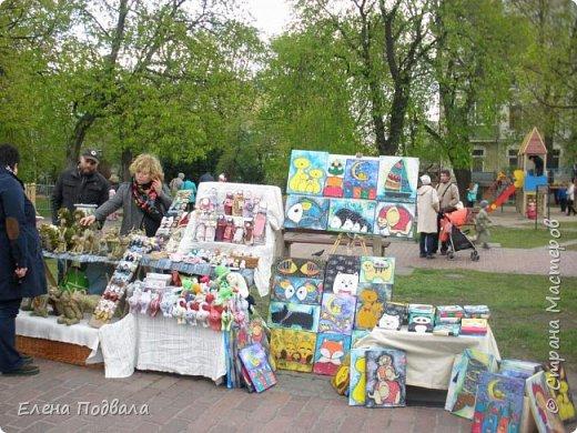 Дорогие друзья! Наконец-то я сегодня выбралась на Софиевскую площадь в Киеве, где на Пасхальные праздники расположена шикарная выставка писанок! Мне очень стыдно, что рядом живу, а вот сподобилась только сегодня, в воскресенье... Вот, постараюсь и вам передать мой восторг! фото 43