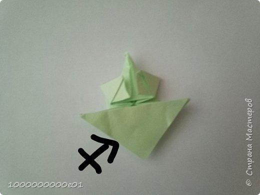 Вам понадобятся 2 листа бумаги (один - для корпуса, другой - для паруса) и ножницы. фото 12