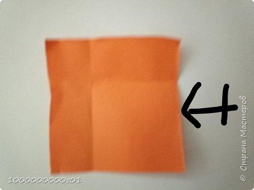 Вам понадобятся 2 листа бумаги (один - для корпуса, другой - для паруса) и ножницы. фото 20