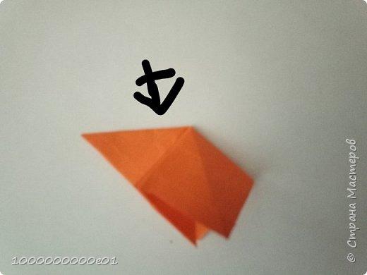 Вам понадобятся 2 листа бумаги (один - для корпуса, другой - для паруса) и ножницы. фото 24