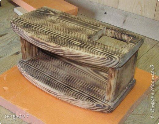 Прикроватная полочка для зарядки гаэжетов фото 7