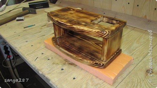 Прикроватная полочка для зарядки гаэжетов фото 8