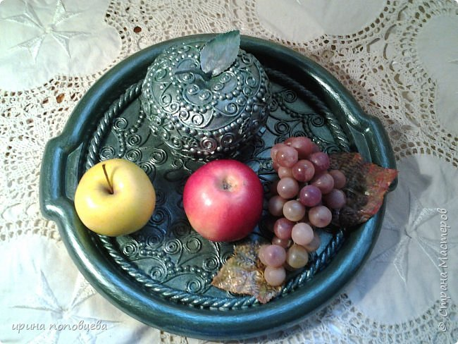Доброго понедельника,мои дорогие!Хорошей погоды и хорошего настроения!Решила похвастаться прибавлением в яблочном семействе-чуть поменьше размерами новые яблочки.Описывать нечего,так что просто покажу! фото 2