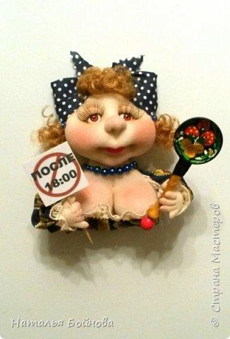 Небольшие текстильные куколки-магнит на холодильник  фото 5
