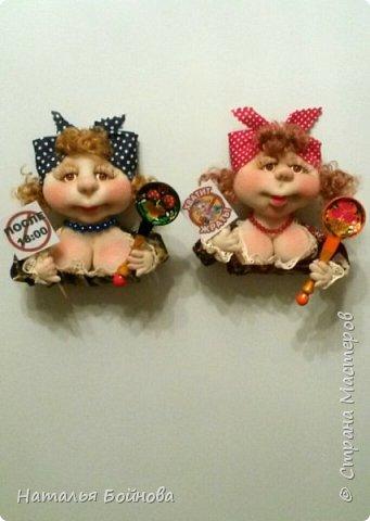 Небольшие текстильные куколки-магнит на холодильник  фото 4