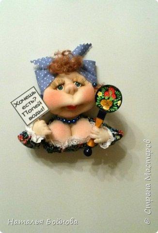 Небольшие текстильные куколки-магнит на холодильник  фото 7