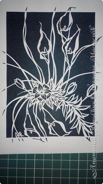 """Добрый день! Вашему вниманию новая открытка (по работе Светланы Прохоровой """"Цветочная композиция из белых калл"""" ) Эскиз нарисован, изменён и доработан под """"вырезалку"""". Размер 12х16см. фото 3"""