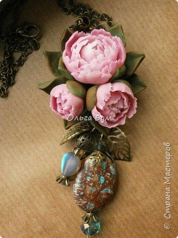 "Кулон  ""Розовые пионы"" фото 1"